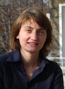 Лилия Апостолова, ПАРИ