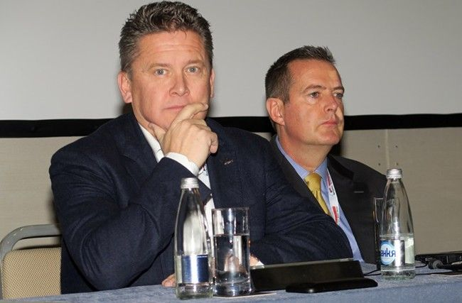 Мартин Ратъл (вляво) и Андрю Маклейн
